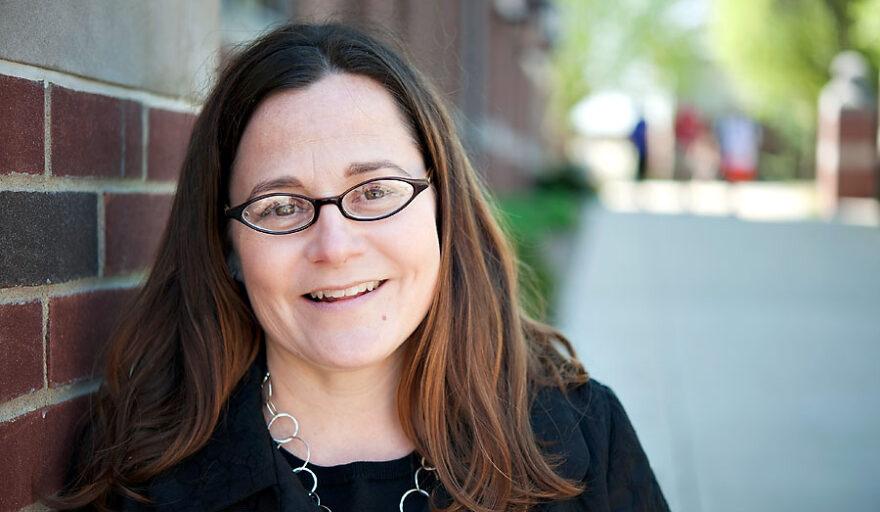 headshot of Tara Larrison