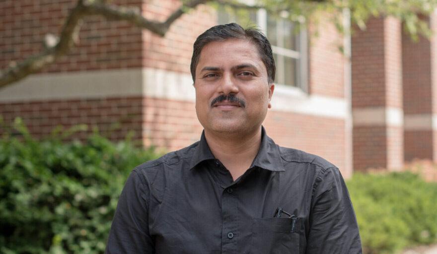 headshot of Gaurav Sinha